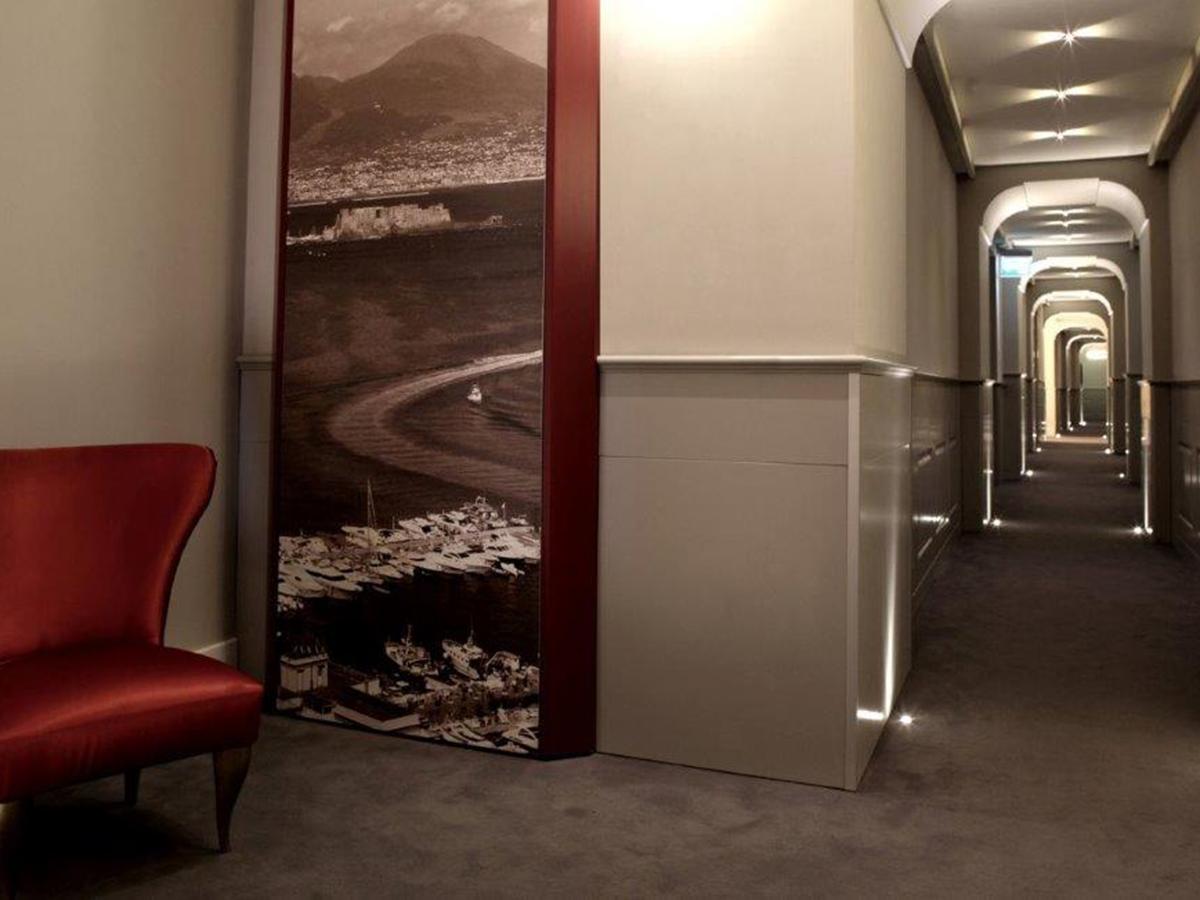 Relais Partenope - ingresso-corridoio